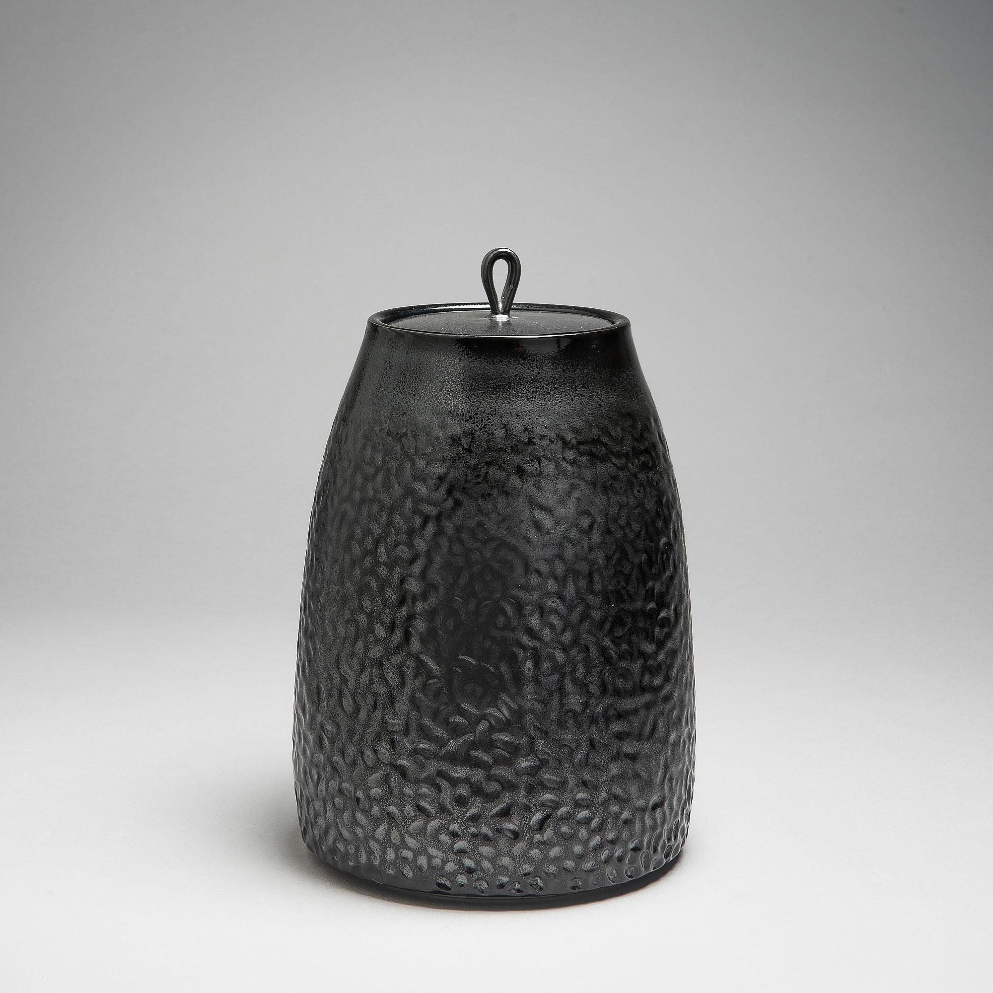 Marie-Laure Guerrier, boite en porcelaine émaillée 11
